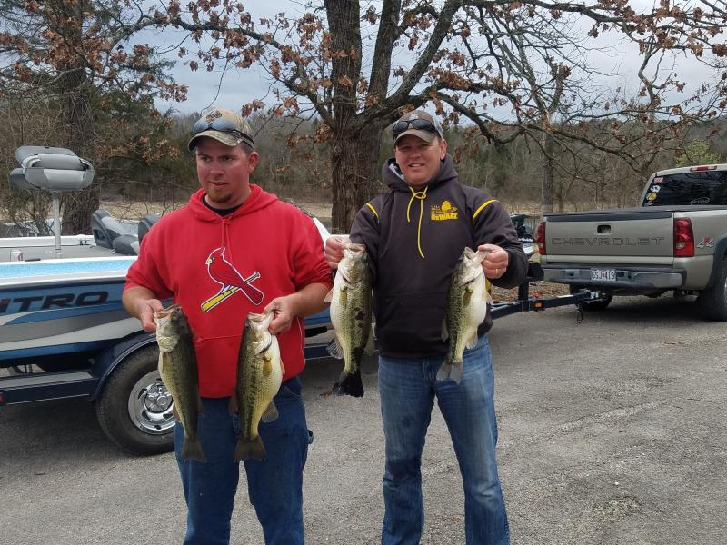 Bill beck 39 s big day saturday fishing report table rock for Bills fishing report