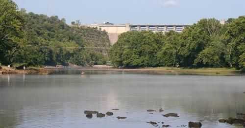 Taneycomo-Table-Rock-Dam-View.jpg